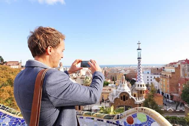 Man taking photo in Barcelona