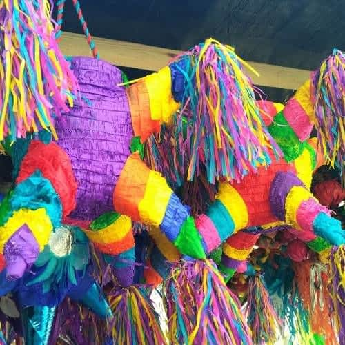 Piñata Shop