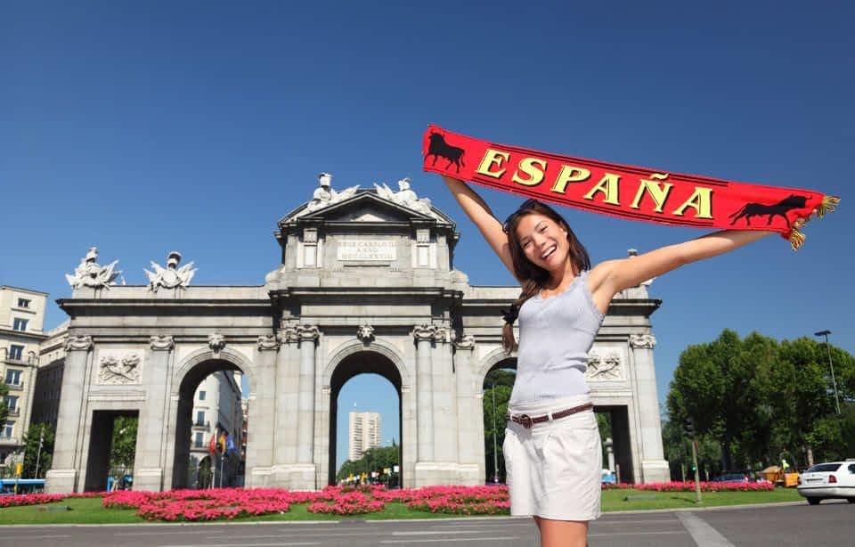 Girl at Puerta de Alcala