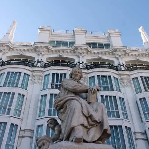 Statue of Calderón de la Barca