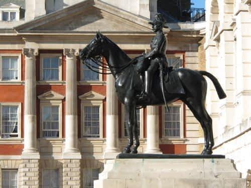 Statue The Horse Gurads Parade