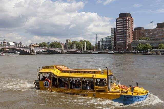 London Duck Tour  Bridge