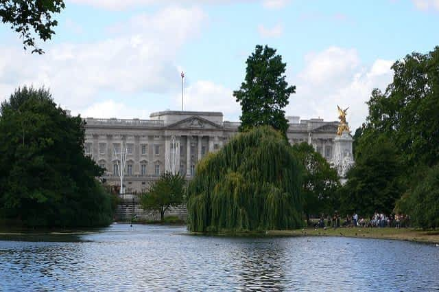St James Park Buckingham Palace